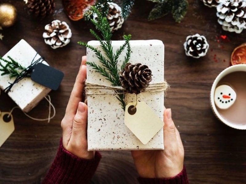 CHRISTMAS PRESENTS : JEWELRY